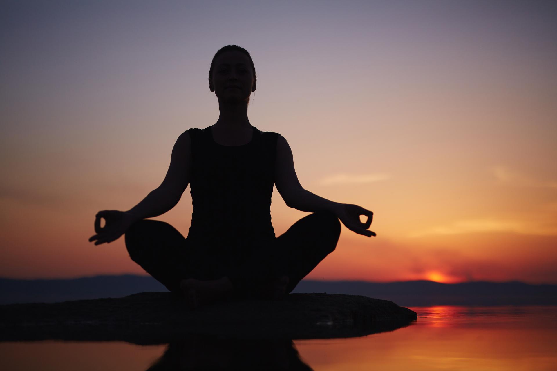 yoga na dobry sen